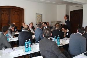 Diskussionen während der Tagung