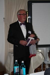 Prof. Dr. Jan Teunen während seines Vortrages