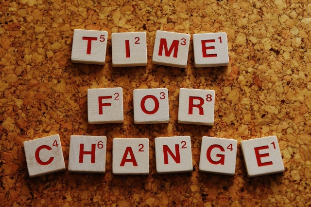 time-for-a-change-2015164_1920.jpg