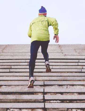 Treppenstufen, Läufer, Mütze, Funktionskleidung, Sportschuhe, Sport, Rennen
