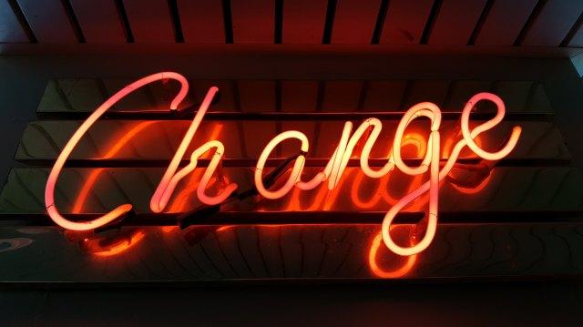 Schild, Leuchtschrift, Change, Neonröhre